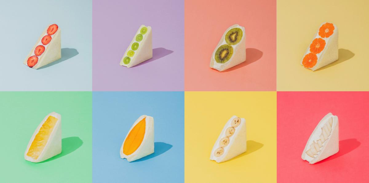 常時10種類程度のフルーツサンドをラインナップ。定番の「バナナ」¥420、「パイン」¥580、「みかん」¥680、「キウイ」¥650、「マンゴー」¥1,350
