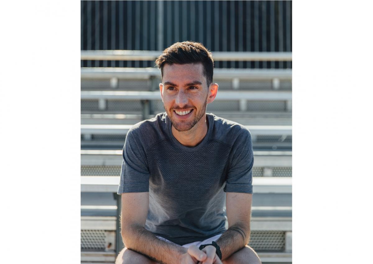 ・「Feel Global with マインドフルランニング」6 月 2 日 ルルレモンのグローバルアンバサダーである Rob Watson による、マインドフルランニングのためのストレッチ クラス。