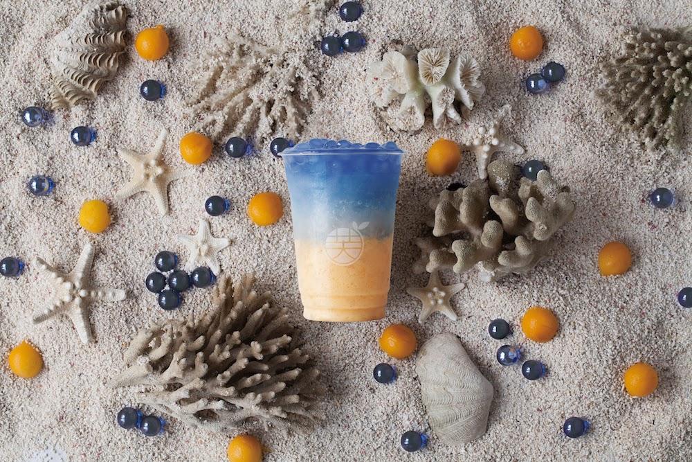 人魚の涙(マンゴースムージー+牛乳+レモン+蜂蜜+ブルータピオカ)¥740