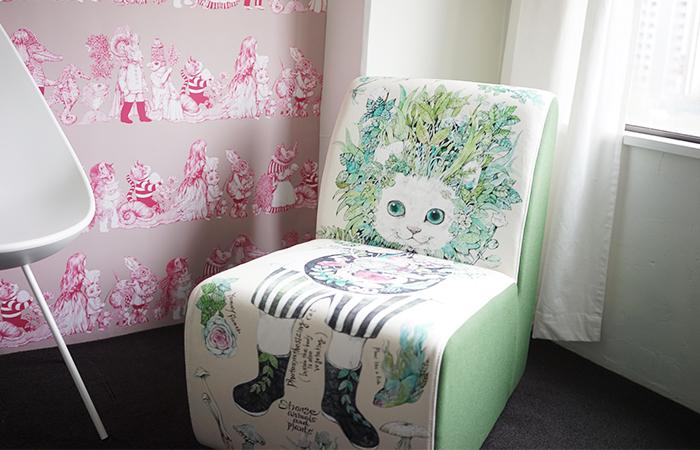 日本一の家具産地、福岡・大川の家具職人が手がけた1人掛け用ソファ「Strange animals and plants」¥79,000