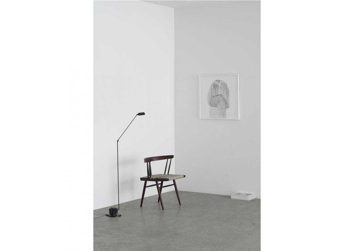 「グラスシートチェア」をはじめとしたナカシマの家具とLICHTの空間のコラボレーションにも注目。