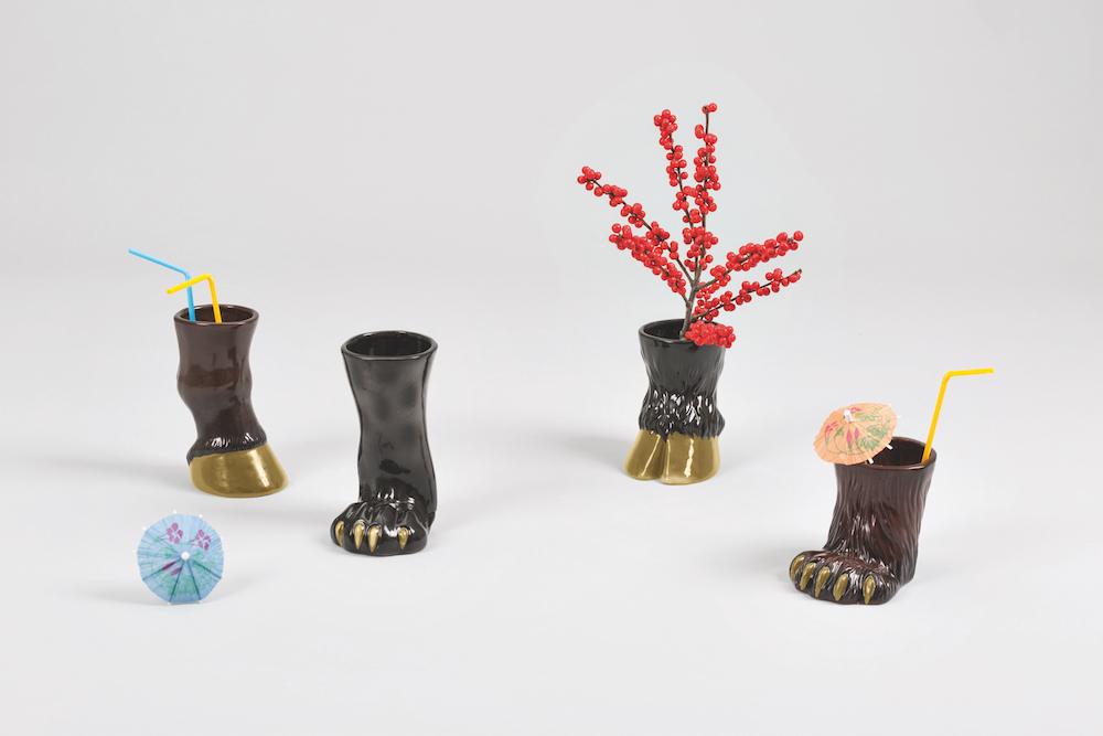 カクテルマグ「PARTY ANIMALS」シリーズはオブジェや花瓶、ペン立てとしても使える。左から「HORSE」¥5,800、「LEOPARD」¥6,800、「BULL」¥7,800、「BEAR」¥8,800
