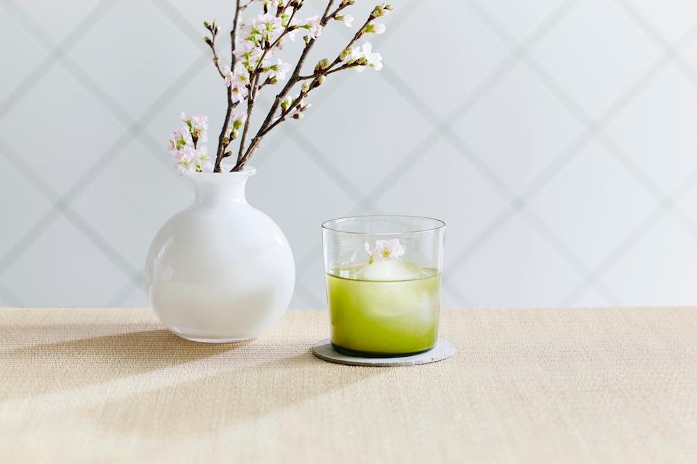 「桜煎茶」¥880(Ice/Hot)