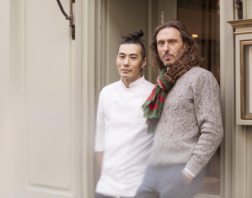 メゾン・ラデュレ社長のダヴィッド・オルデー(右)が惚れ込んだ「MORI YOSHIDA」の吉田守秀(左)。今回のコラボは日本だけでなく本国でも展開。