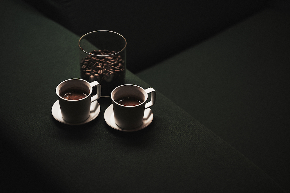 実験的なカフェ&バー「abno」はWi-Fiも完備。モーニング・タイム:7:00~10:00/カフェ・タイム:10:00~17:00/バー・タイム:17:00~23:00(L.0.)
