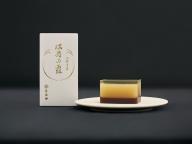 純米大吟醸の華やかさが羊羹に。とらやの酒粕入羊羹「満寿の露」が限定で登場
