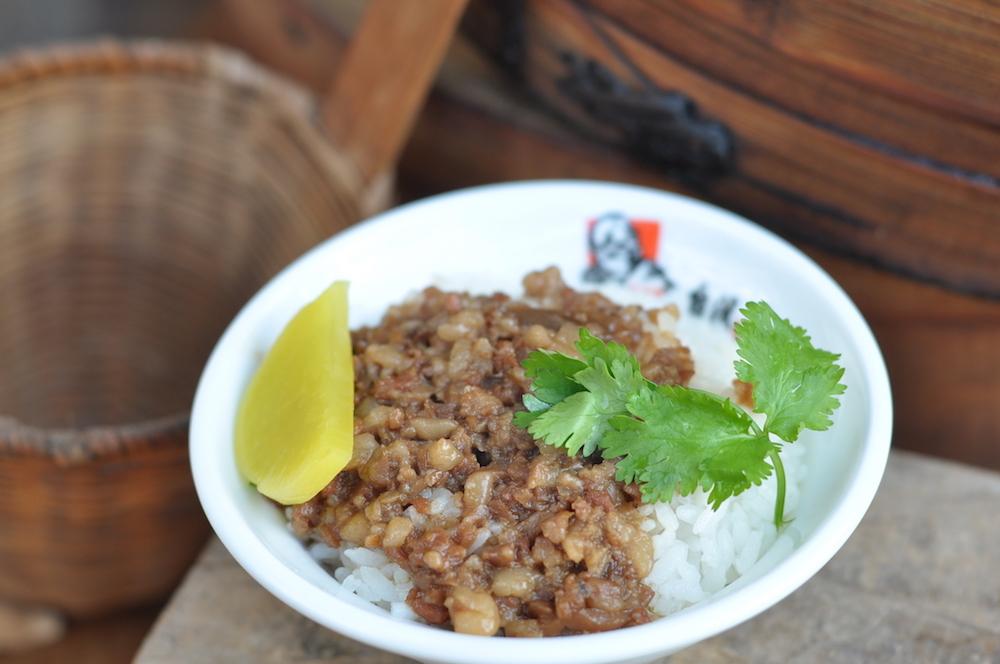 本場の味が楽しめる「台灣魯肉飯」のキッチンカーも登場。