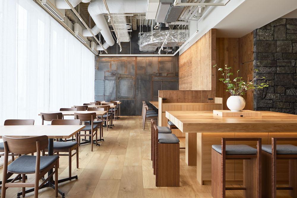6階の和食店「WA」では旬の素材を使ったおばんざいが食べられる。営業時間 昼食 11:30〜15:00(L.O.15:30)/ 夕食 17:30〜22:00(L.O.2:300)