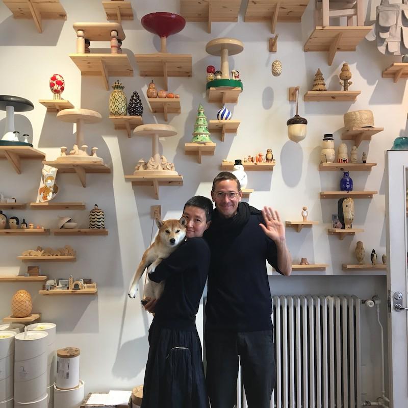 韓国人のアーム・ソン(左)とフィンランド人のヨハン・オリン(右)から成るCOMPANY。日本の伝統工芸とのコラボレーションも重ねている。