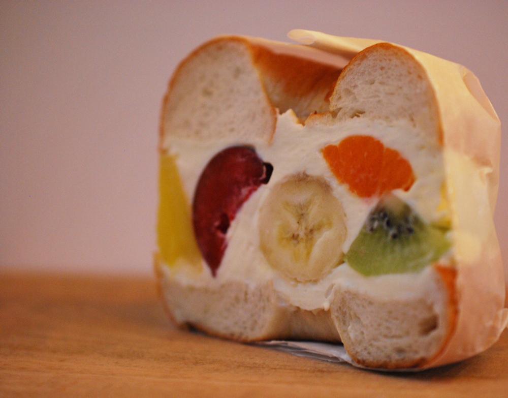「フルーツサンド」¥519(フルーツにより価格の変動あり)