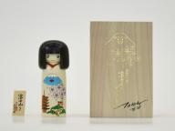 村上隆のこけしも登場! 森美術館「STARS展:現代美術のスターたち―日本から世界へ」は展覧会関連アイテムも見逃せない