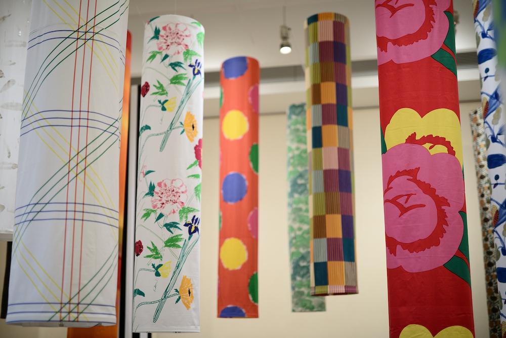 愛媛県美術館での展示の様子