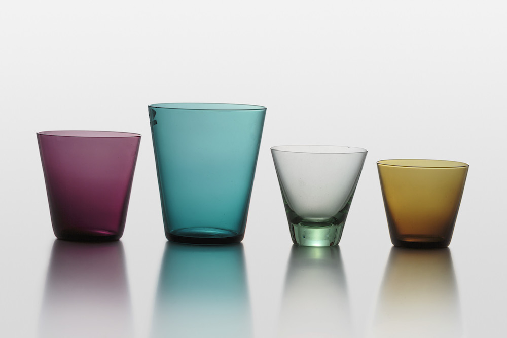 「クレムリン・ベル KF500/1500」1957–68(1957)年/吹きガラス/ヌータヤルヴィ・ガラス製作所/タウノ&リーサ・タルナ・コレクション photo by ©Rauno Träskelin