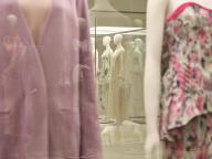 Mame Kurogouchiの10年にわたるクリエイションの源泉を感じる。ブランド初の美術館での個展「10 Mame Kurogouchi」、長野県立美術館にて開催