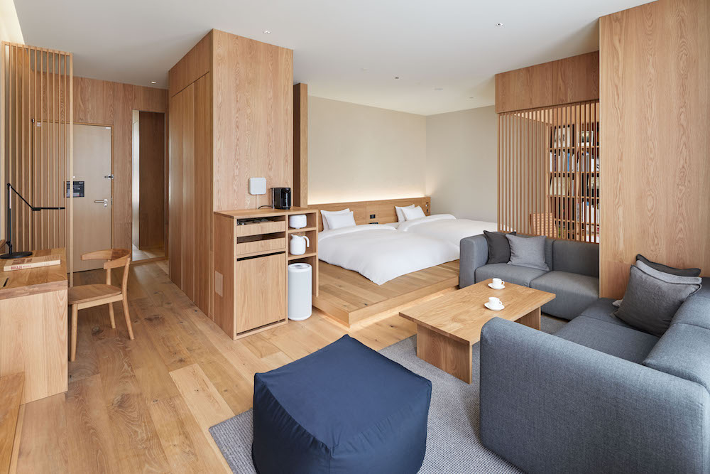 「MUJI HOTEL GINZA」最大の広さ、52㎡を誇るタイプIの部屋。¥55,900(消費税・サービス料込み)