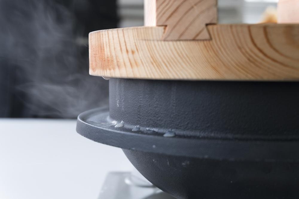 IHでの使用もできるごはん炊き専用の釜「釜浅のごはん釜」¥25,000