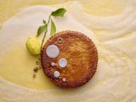 ピエール・エルメ・パリとクリストフルが2019年のエピファニーをモダンなフェーヴでお祝い!
