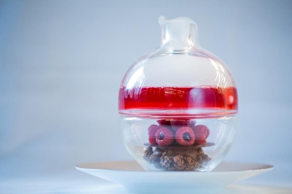 「エリクシール・ショコラ フリュイ・ルージュ」¥2,100 ※東京工房と六本木の「ル・サロン」のみで提供 ©Pierre Monetta