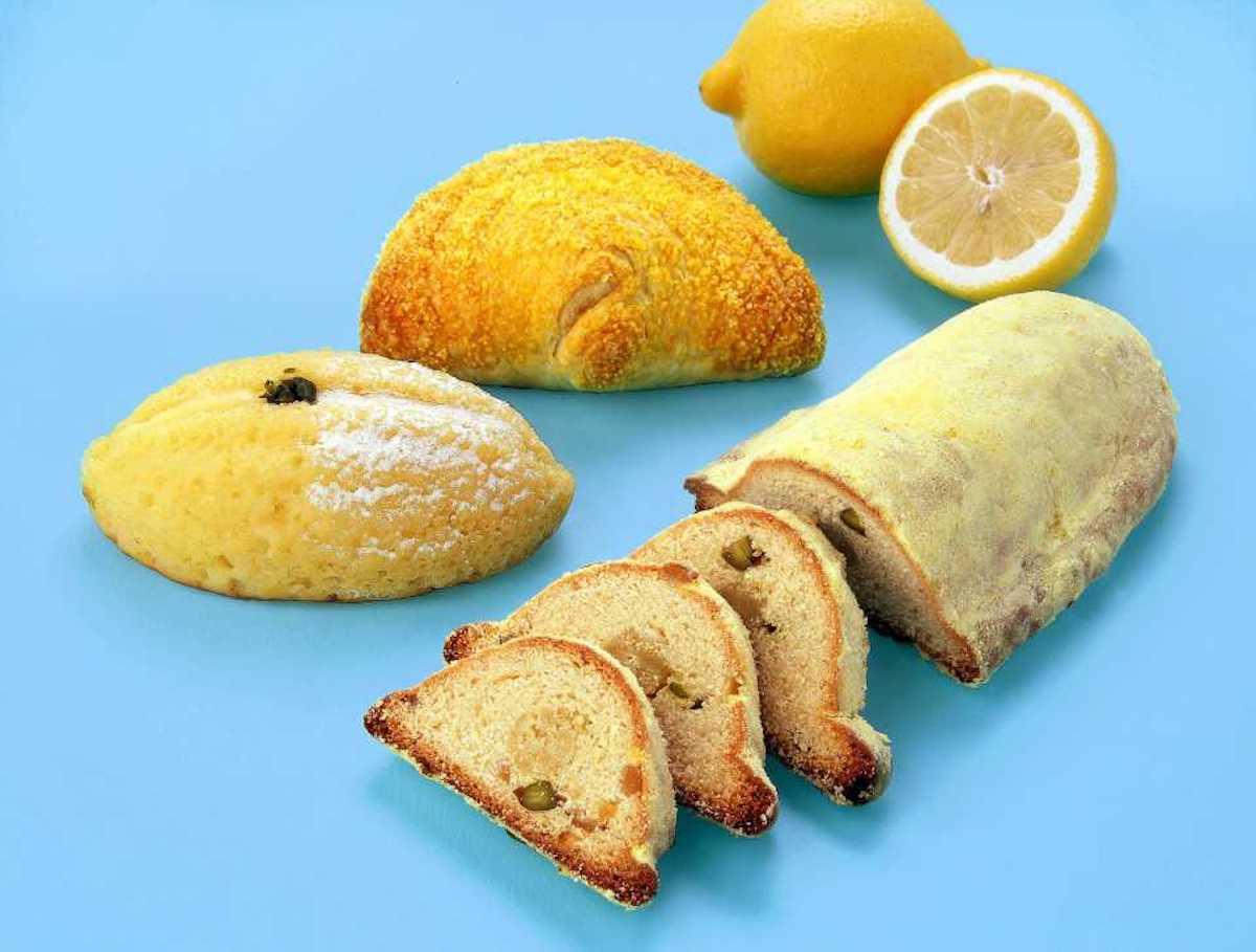 (左から時計回りに)「シトロン(レモンチーズクリーム)」¥270、「ビション」(マンゴー/シトロン)¥324、「シュトレン・シトロン」¥1,458