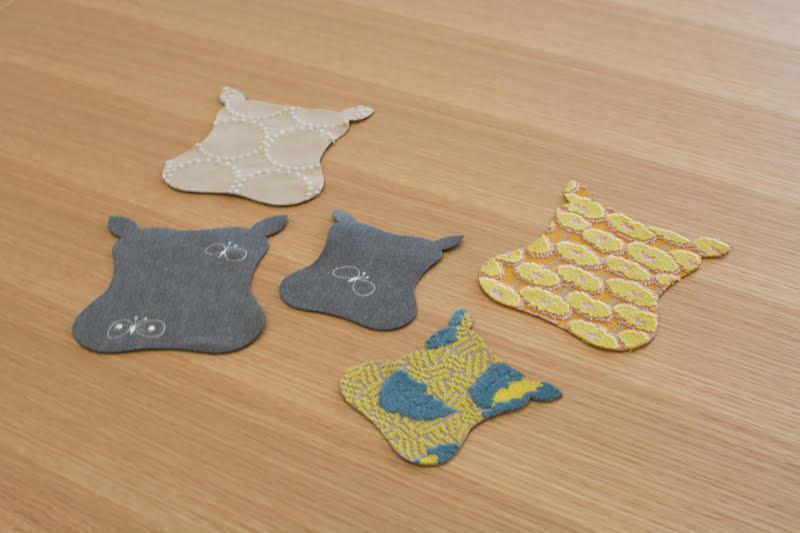 「Hippo」先行発売での購入者に先着でプレゼントされる、Hippoのかたちのチャーム。