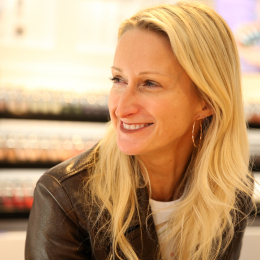【プレゼント付き】ファッションコンシャスなネイルブランド「ネイルズインク」。創業者ティア・グリーン来日インタビュー