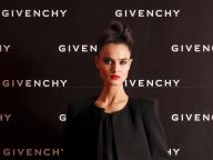 ジバンシイのミューズ、人気モデルのブランカ・パディーヤに直撃インタビュー。聡明で情熱的な、その魅力に迫る!