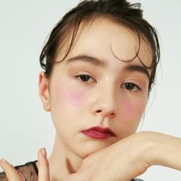【2月の買ワネバコスメ】Dior  ディオール ブラッシュ〈カラー グラデーション〉001