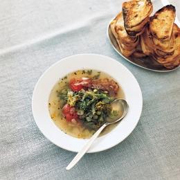 春野菜の緑のスープ - 今月のスープ | vol. 01