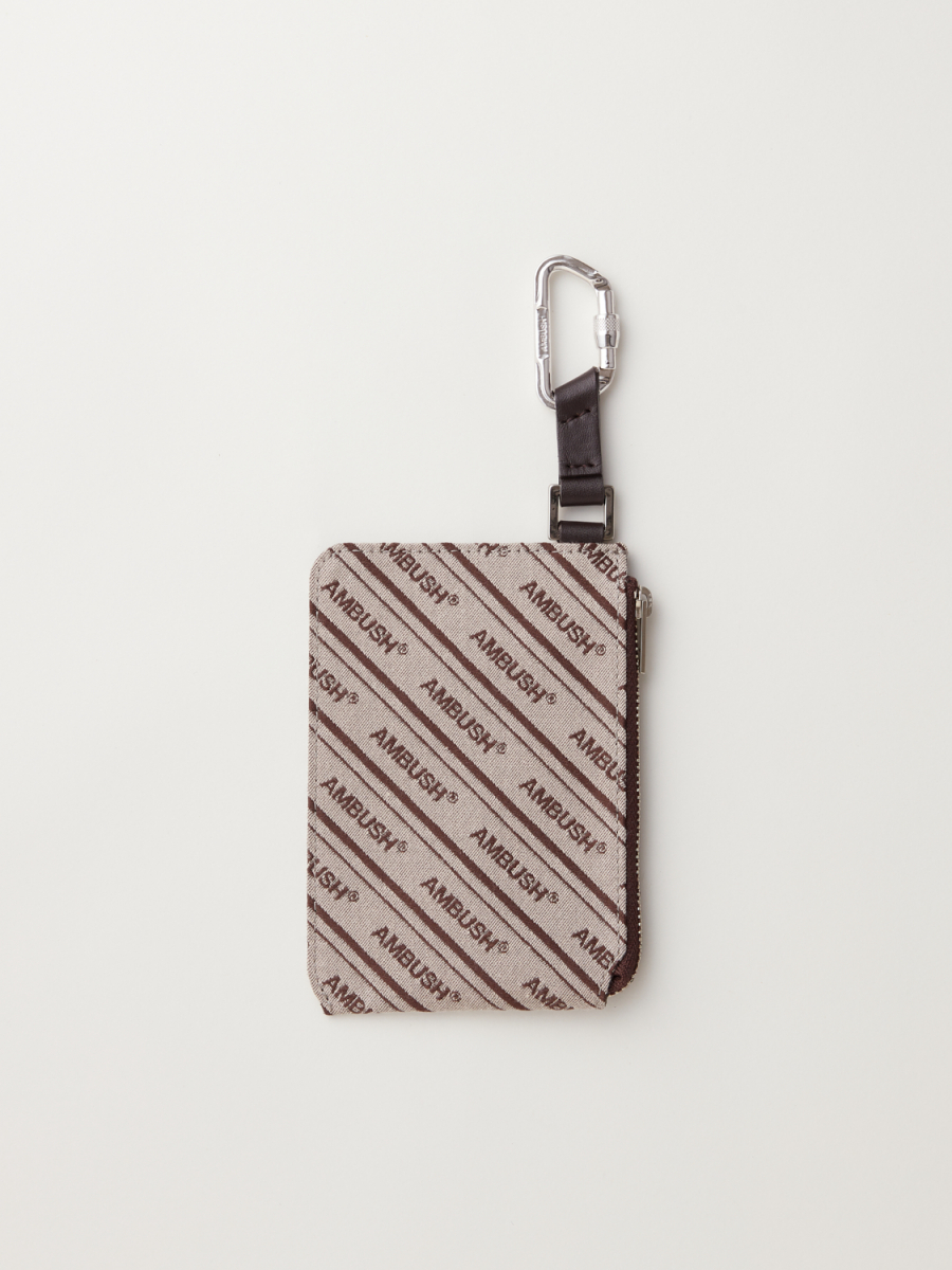 LOGO CANVAS CARD CASE WITH CARABINER ¥18,000/アンブッシュ®