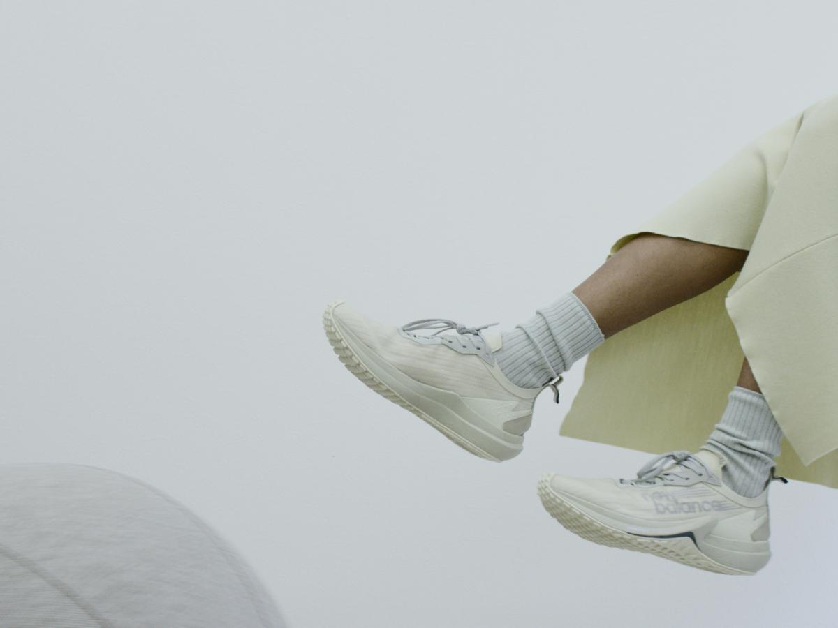 オーラリー × ニューバランス フューエルセル スピードリフト ¥24,000/ニューバランス ジャパンお客様相談室(オーラリー × ニューバランス)