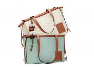 収納たっぷりの自立型バッグ!  ロエベの「クッショントート」にスモールサイズが新登場