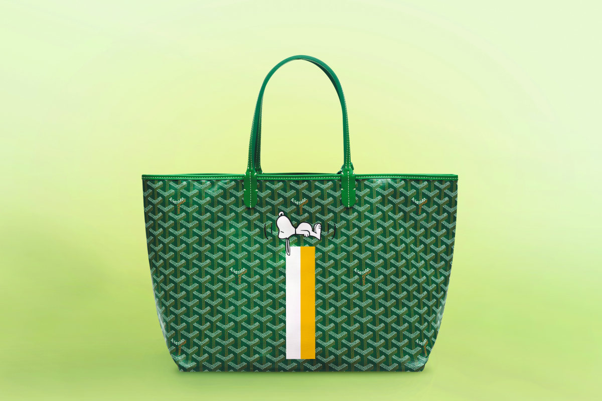 St Louis Tote Bag PM ¥163,889、スヌーピー マーカージュ¥55,556 ※予定価格(税抜き。消費税は、商品のお渡し日時点の税率を適用。詳しくはお店の係員へ)/ゴヤール ジャパン