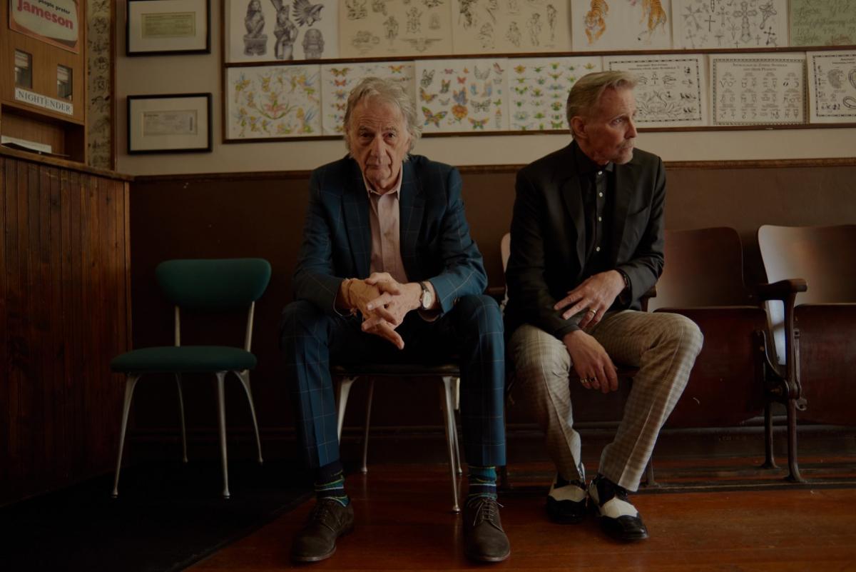ポール・スミスとアーティストのマーク・マホーニー