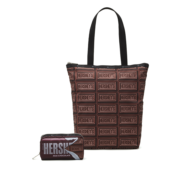 Daily Tote(H35×W24×D10cm)¥8,500 Rectangular Cosmetic(H9×W17×D5cm)¥4,600