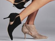 ブーツを買うならここ! スチュアート・ワイツマンが国内3店舗目を東京・銀座三越にオープン