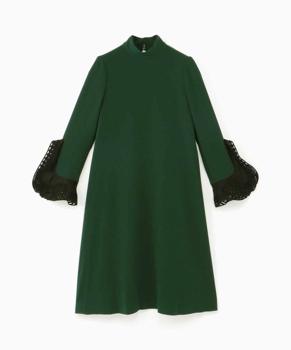ドレス(ウィメンズ)¥64,000/伊勢丹新宿店(マメ)
