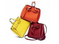 ロエベの人気バッグ「ラゾ」シリーズに、レディライクなミニサイズが登場!