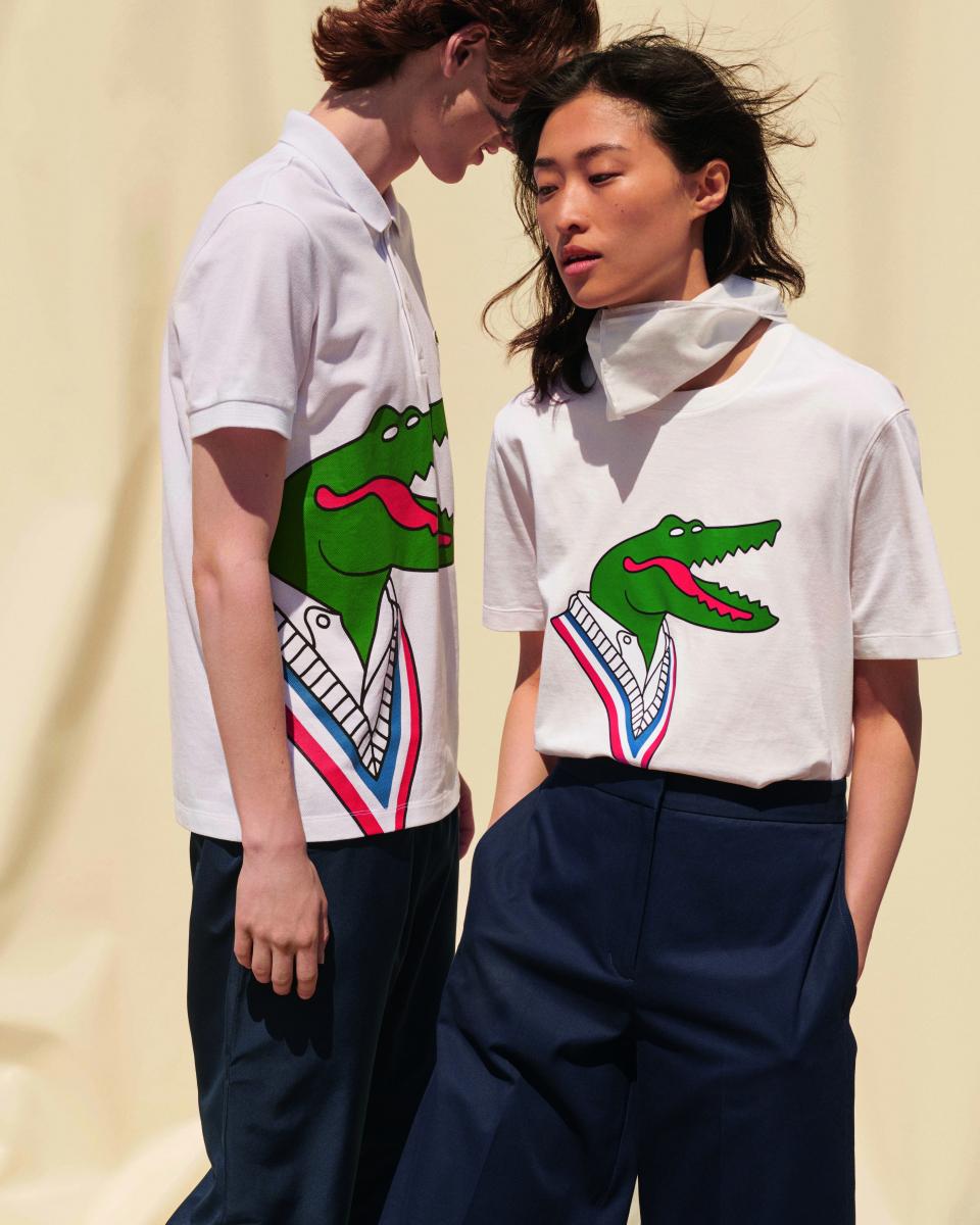 ジャンミシェル・ティキシエ(右)ポロシャツ ¥18,000、(左)Tシャツ ¥10,000/ラコステお客様センター
