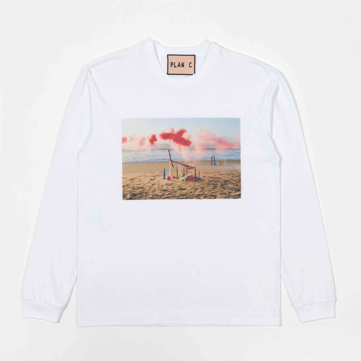 Tシャツ(長袖)¥31,900(※日本公式オンラインストア限定アイテム)/パラグラフ(プランシー)