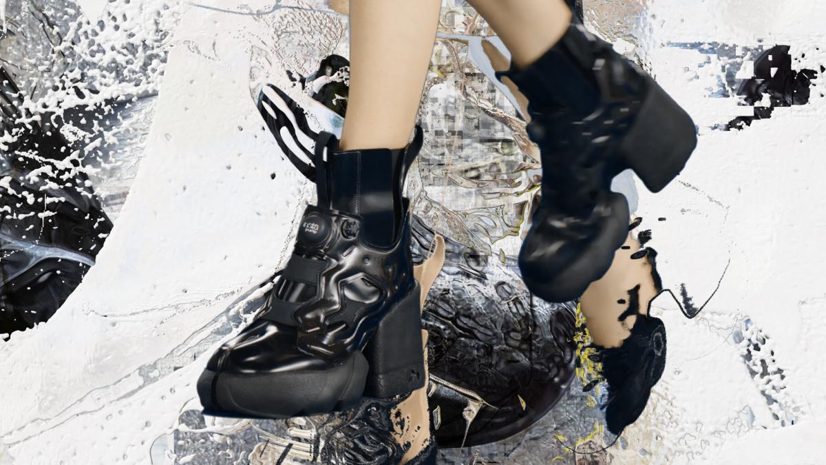 ヒールタイプ(ウィメンズモデル、H:9.0cm)¥180,000、フラットタイプ(メンズモデル)¥140,000/メゾン マルジェラ トウキョウ