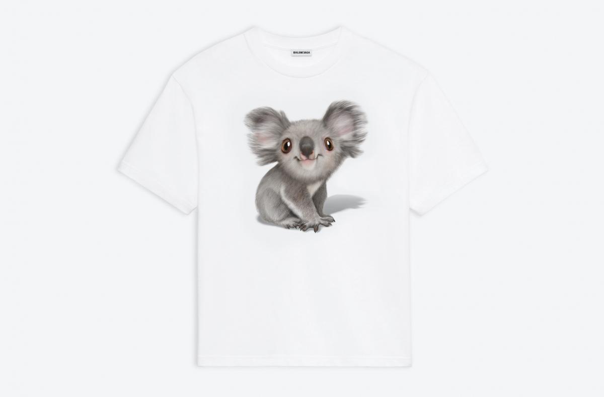 KOALA プリントTシャツ ¥ 59,400/バレンシアガ ジャパン