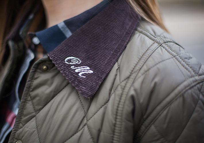 ワックスジャケットに無料で刺繍ができる「マイ バブアー」