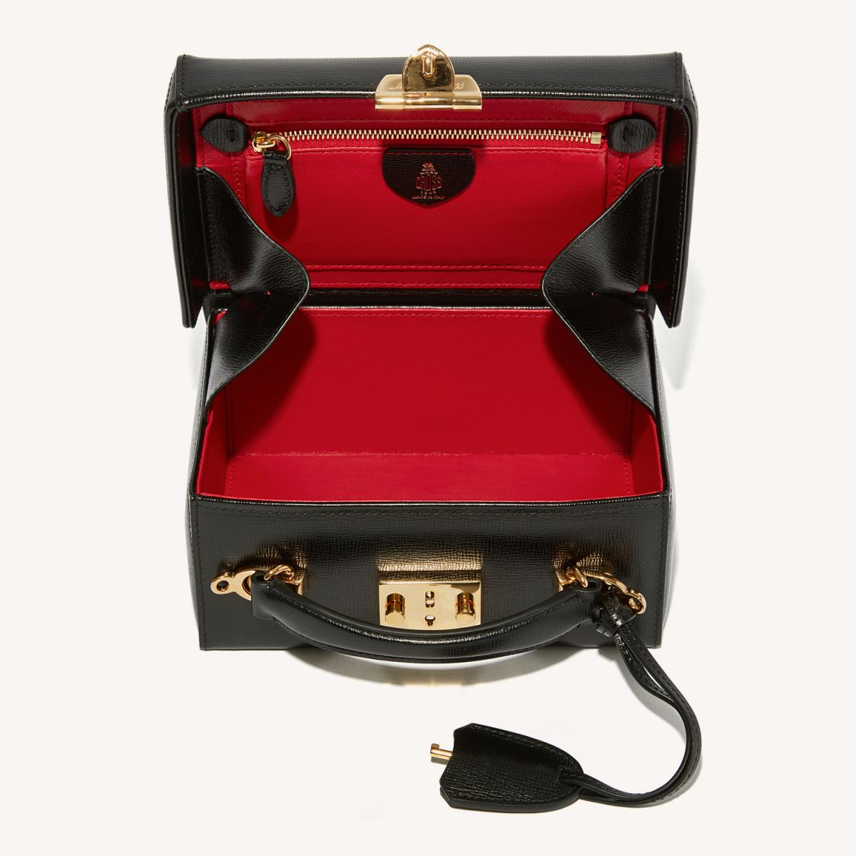 グレースミニボックス(H10cm×W15cm×D6cm)¥304,000