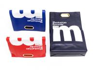 サカイ×レコードショップ「マンハッタン レコーズ」のコラボレーションバッグが発売