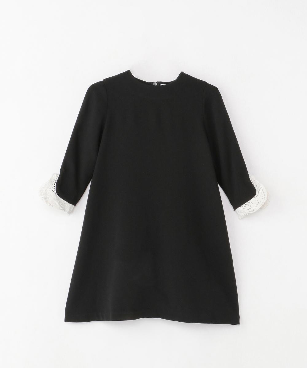 ブラックドレス(ガールズ)100cm/120cm(2サイズ展開)¥30,000/伊勢丹新宿店(マメ)