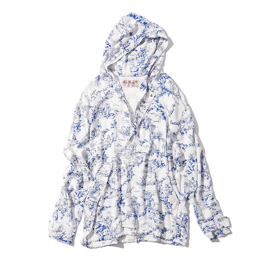 Hooded Porcelain Anorak ¥49,000/オープニングセレモニー(オープニングセレモニー×アロハブラッサム)