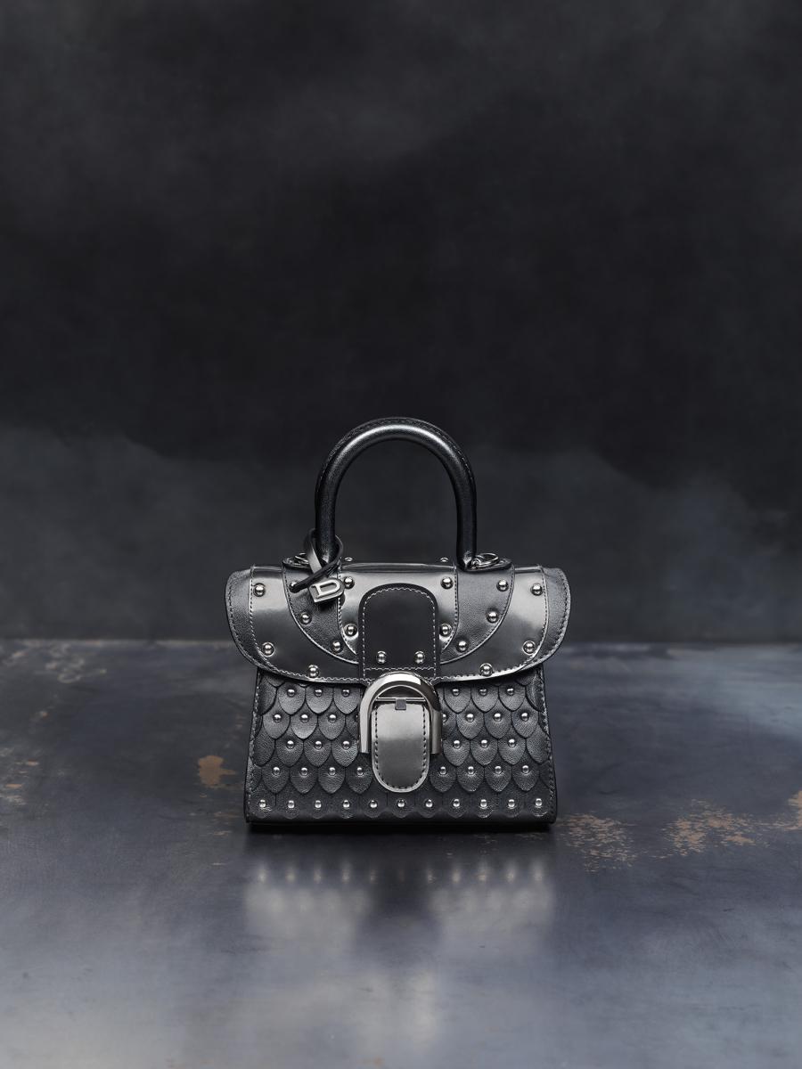 「アイロンシールド(鉄の盾)」¥545,000