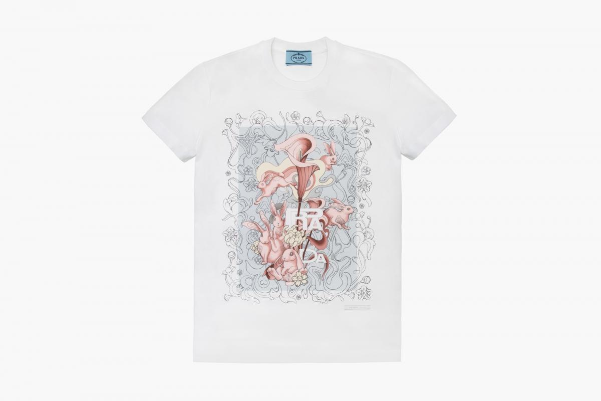 Tシャツ ¥53,000(世界限定発売) (税抜き、予定価格)