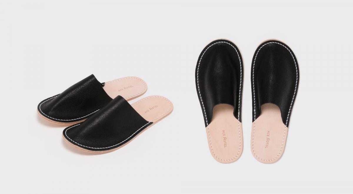 Ace Hotel×Hender Scheme Leather Slippers ¥12,000円/エンダースキーマ