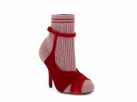 ソックスと靴の融合⁉︎ フェンディの新作ブーツ「ロココ」